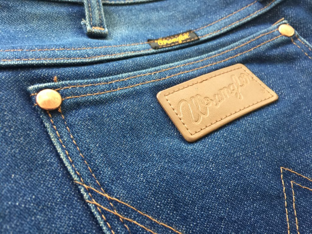 Wrangler 13MWZ - Blue Roots Official